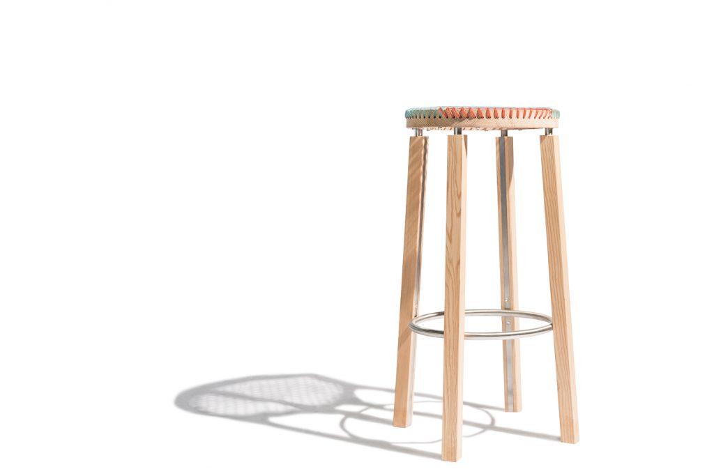 Sgabello in legno su misura Corazzolla