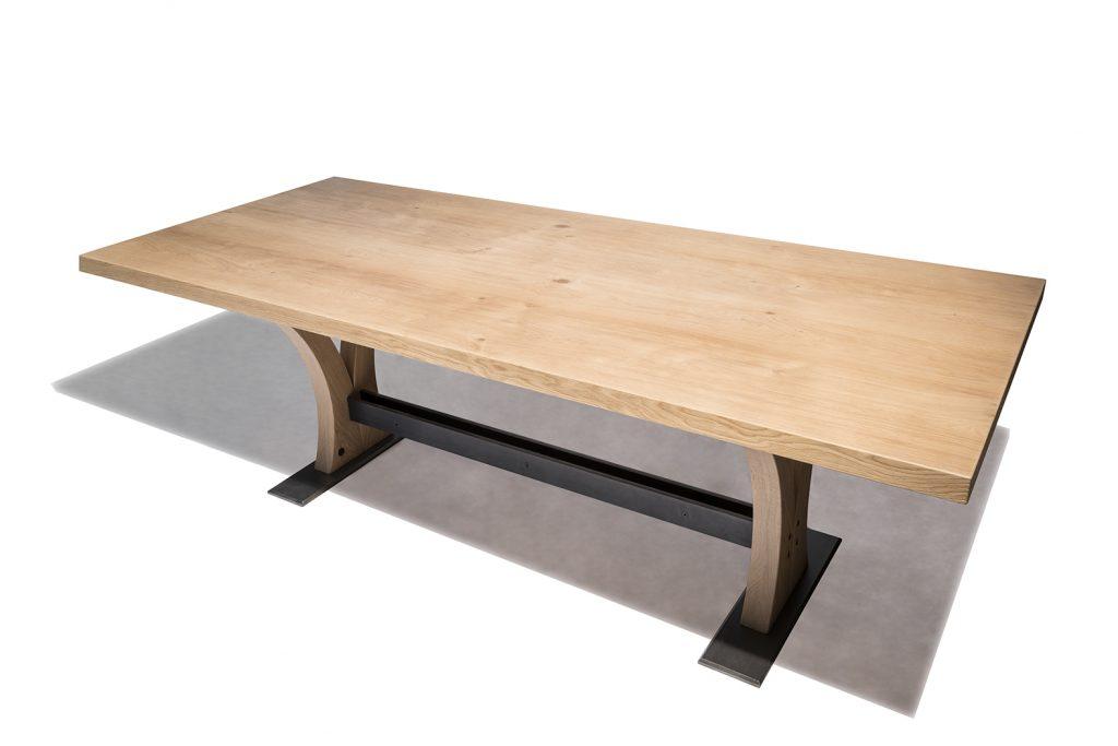 Tavolo su misura in legno e metallo Corazzolla